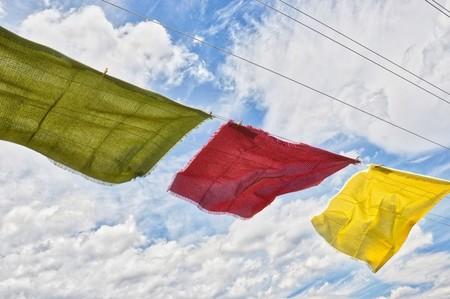 Inunda tu cocina de color con estos 13 preciosos textiles