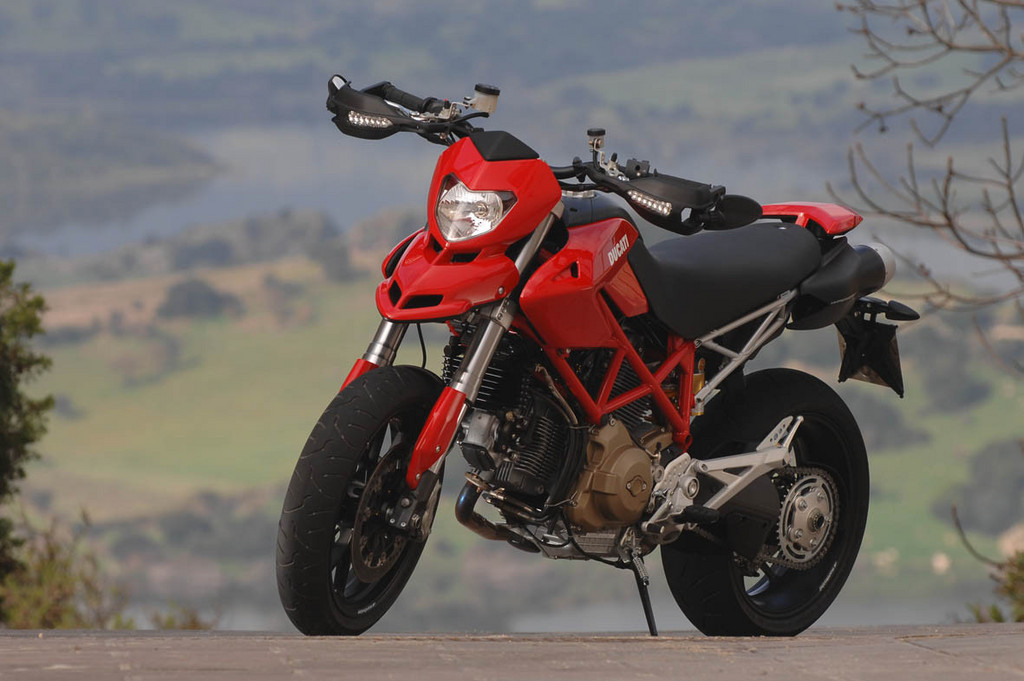 Foto de Ducati Hypermotard (5/27)