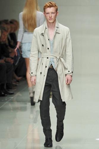 Burberry Prorsum mostró más de su Primavera-Verano 2010 en la Semana de la Moda de Londres III