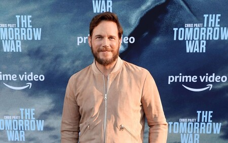 Chris Pratt trae de regreso la chaqueta bomber al armario masculino, y aquí las opciones para copiar su look