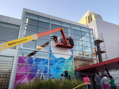 Apple comienza a decorar el Yerba Buena Center de cara al evento de presentación de los nuevos iPads [Actualizado]