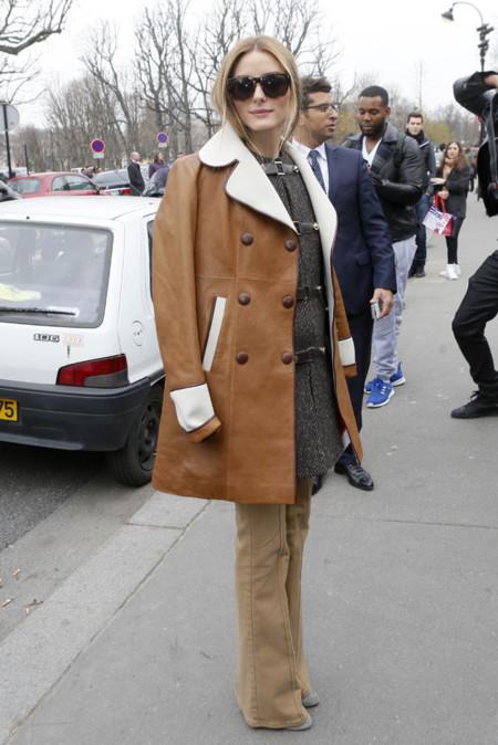 Olivia Palermo Paris campana pantalon