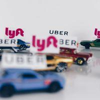 La falacia de los Uber, Lyft y Cabify del mundo es que no evitan los atascos: los empeoran