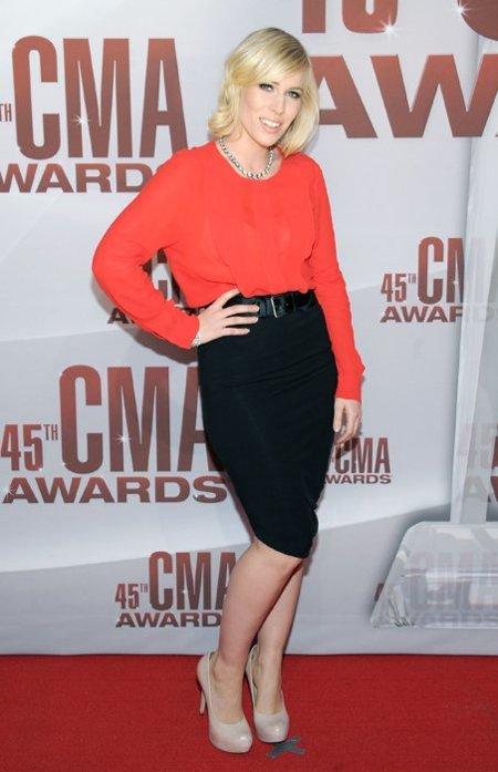 Natasha Bedingfield CMA Awards 2011