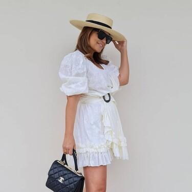 Paula Echevarría demuestra cómo un vestido blanco es siempre una buena idea para lucir en verano: cinco looks que lo prueban