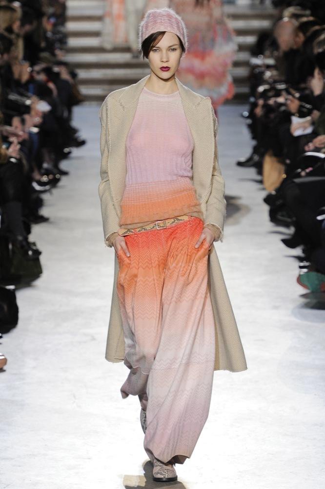 Foto de Missoni en la Semana de la Moda de Milán Otoño-Invierno 2011/2012: color boho chic (11/33)