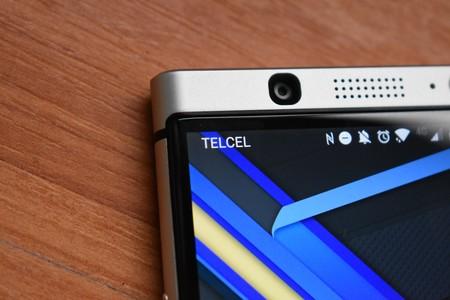 AT&T aumenta los datos en prepago y Telcel disminuye algunos beneficios: así empiezan las telecomunicaciones en 2018