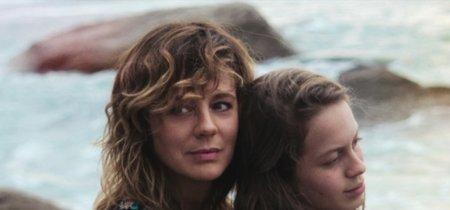 'Las hijas de Abril', cartel y tráiler del drama protagonizado por Emma Suárez que competirá en Cannes