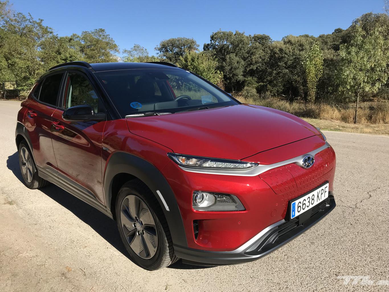 Probamos el Hyundai Kona Eléctrico que, con sus 482 km de autonomía, se adueña del territorio del Tesla Model...