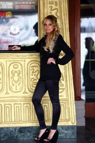 Lindsay Lohan y su marca de leggins sigue creciendo II