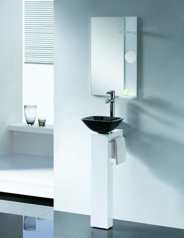 Nuevo pedestal de Bathco para baños reducidos