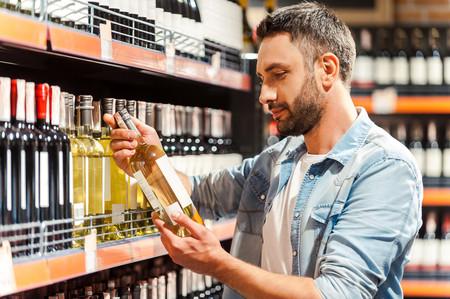 Los mejores vinos de supermercado con los que quedarás muy bien sin gastar mucho