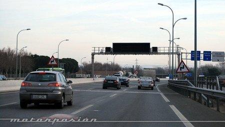 La Comunidad de Madrid estudia cobrar a los que utilicen las carreteras