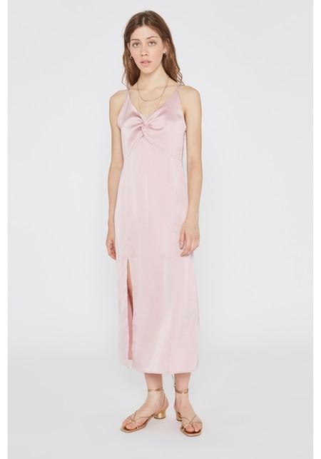 Vestido Rosa Satinado Tirantes