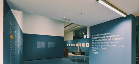 'Cámara y modelo', una exposición del Museo ICO que nos pone en el papel de un fotógrafo de maquetas arquitectónicas