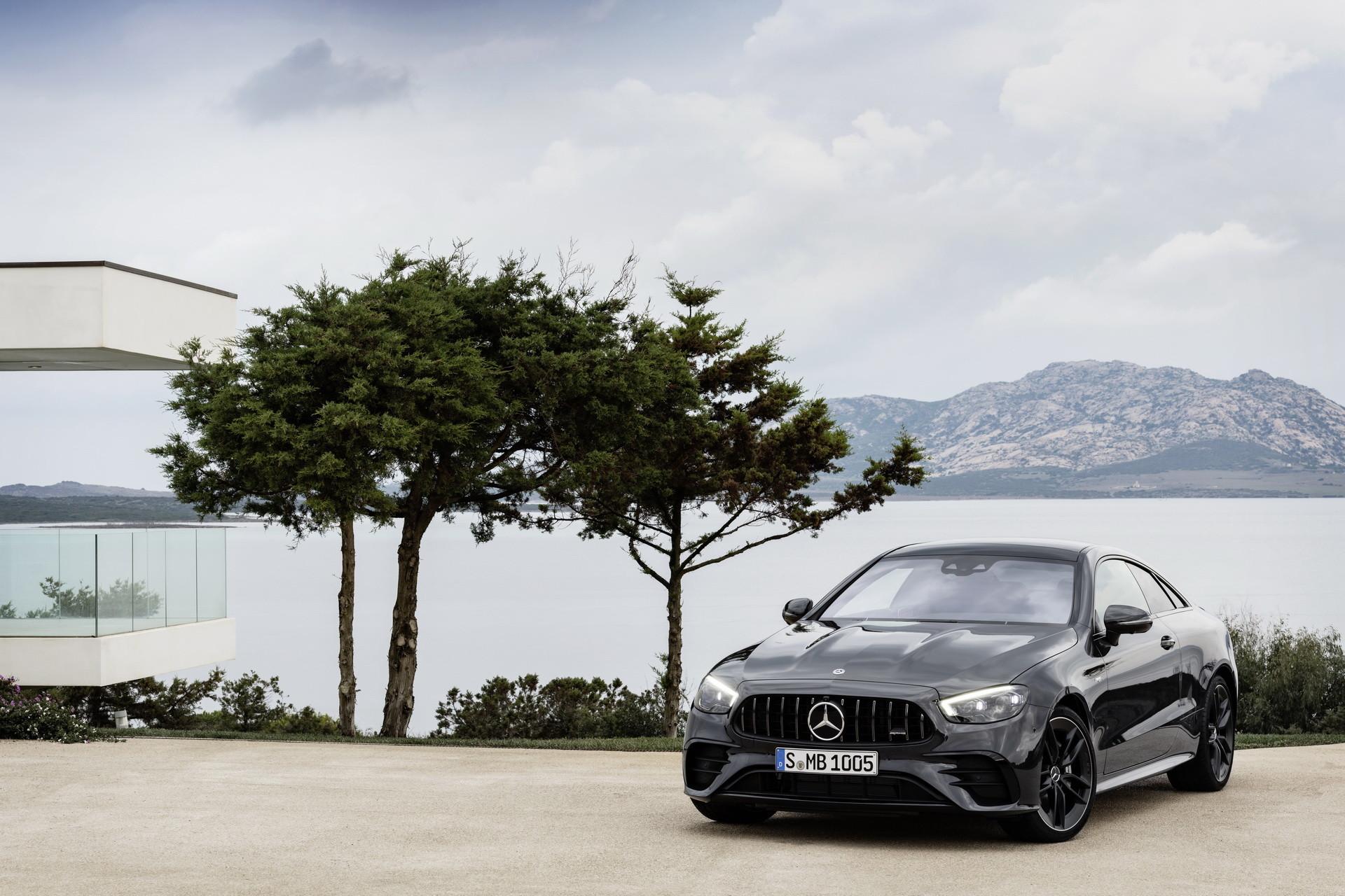 Foto de Mercedes-AMG E 53 Coupé 2021 (13/35)
