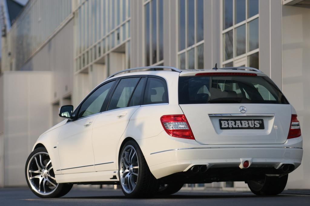 Foto de Mercedes Clase C Estate por Brabus (1/13)
