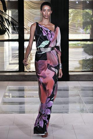 Elie Tahari en la Semana de la Moda de Nueva York primavera-verano 2009