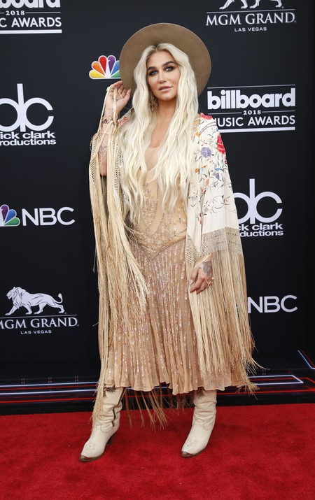 billboard music awards Kesha