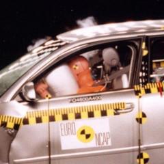 fotos-del-crash-test-del-seat-exeo-audi-a4-y-vw-passat