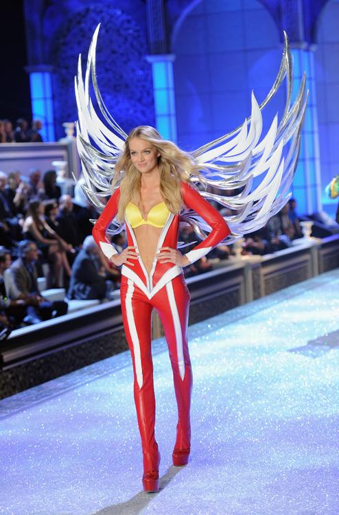 Foto de El desfile Victoria's Secret Fashion 2011: todas las imágenes (9/57)