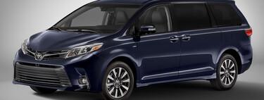 La Toyota Sienna, la miniván más barata de México, pronto sólo será híbrida: ¿aún vale la pena antes del cambio?