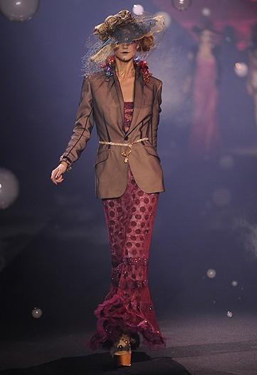 Foto de John Galliano, Primavera-Verano 2010 en la Semana de la Moda de París (11/14)