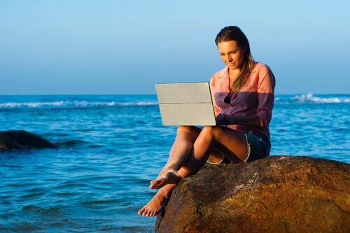 Internet en tu segunda residencia: las mejores alternativas para conectarse en vacaciones, y tarifas sin permanencia
