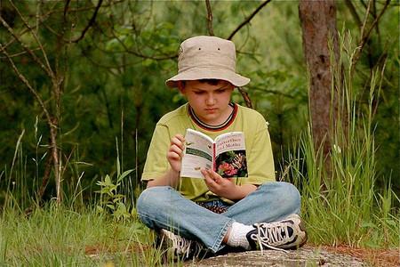 La lectura de libros constituye una actividad de ocio para los niños de entre 10 y 13 años