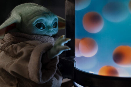 'The Mandalorian': Lucasfilm responde a la polémica de Baby Yoda y los huevos del último episodio de la serie de Disney+
