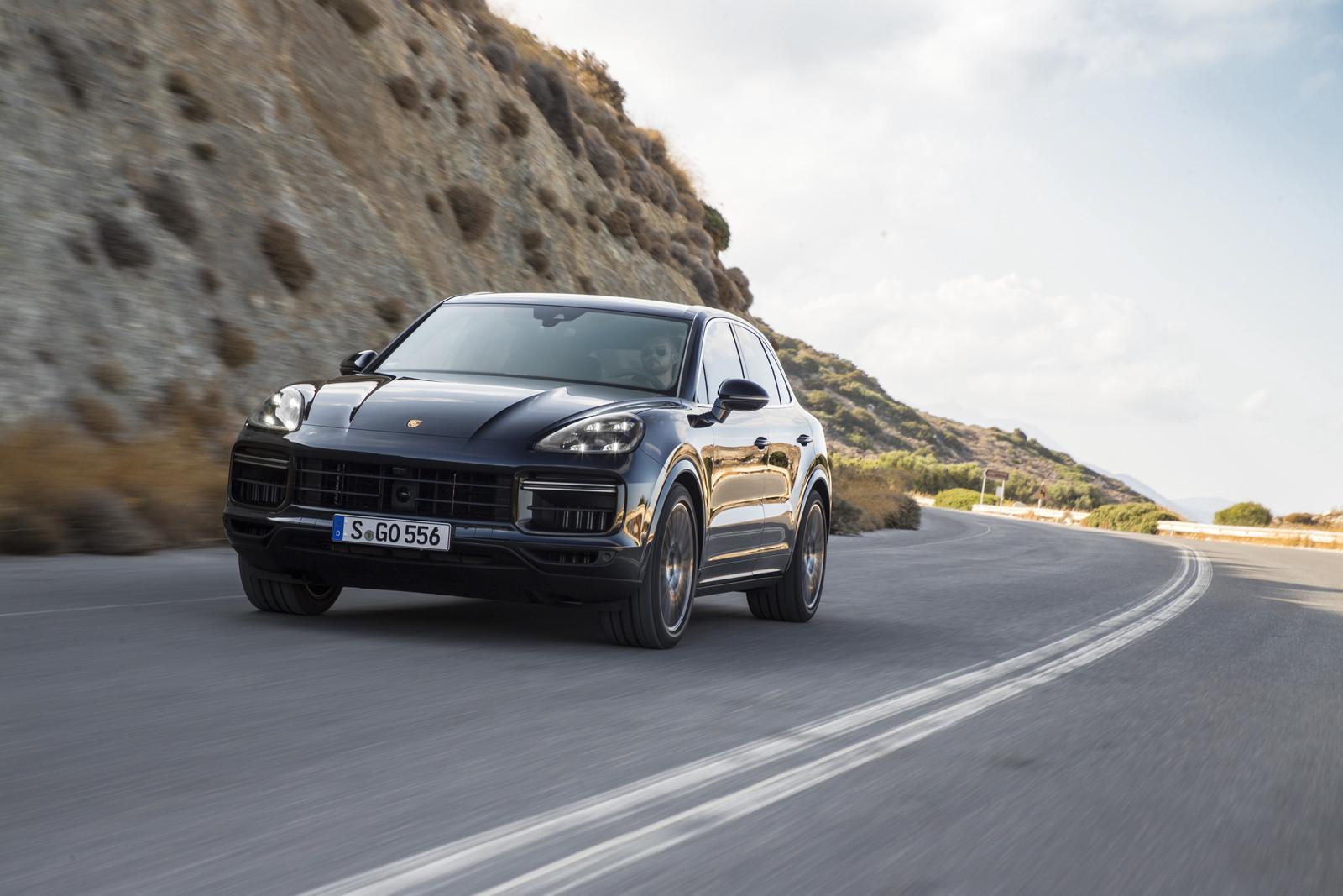 Foto de Porsche Cayenne Turbo 2018 (43/71)