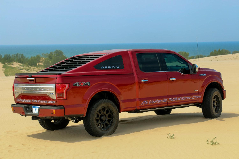 Foto de Ford F-150 Aeorx Fastback por Michigan Vehicle Solutions (1/12)