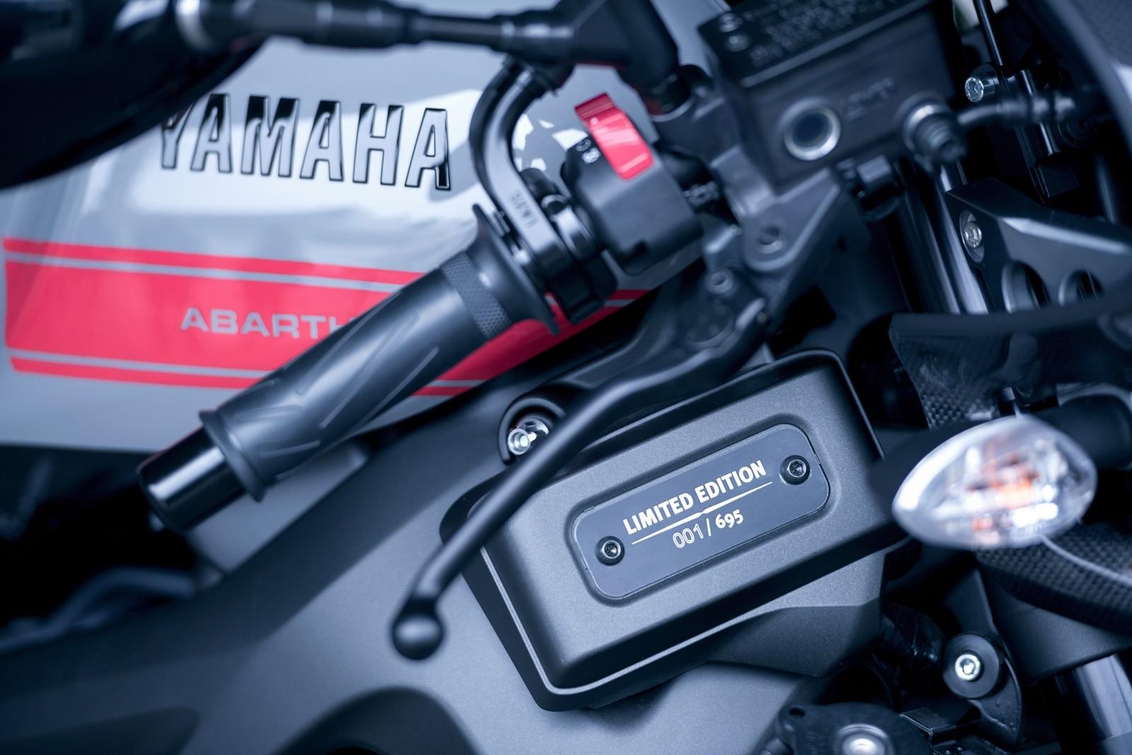 Foto de Yamaha XSR900 Abarth (23/49)