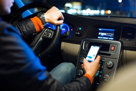 Radares que detectan si hablas por celular