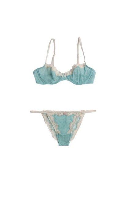 oysho_ss2012_lingerie_120102-8.jpg