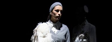 Erdem nos enamora con su colección Otoño-Invierno 2021/2022: prendas de punto y vestidos formales con estilazo