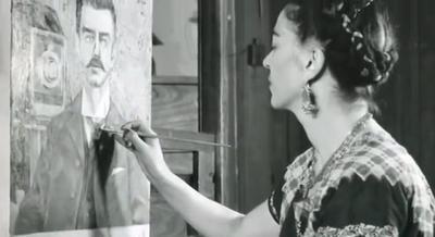 Frida Kahlo y su archivo privado fotográfico al descubierto en Alemania
