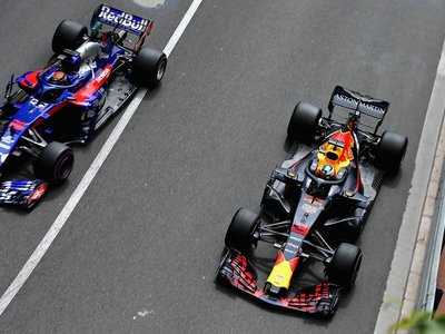Red Bull Racing confirma alianza con Honda para usar sus motores en 2019