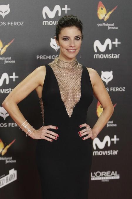 Maribel Verdú, con escotazo de vértigo en los Premios Feroz