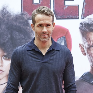 Ryan Reynolds se ríe de una de las tendencias de moda actuales más absurdas