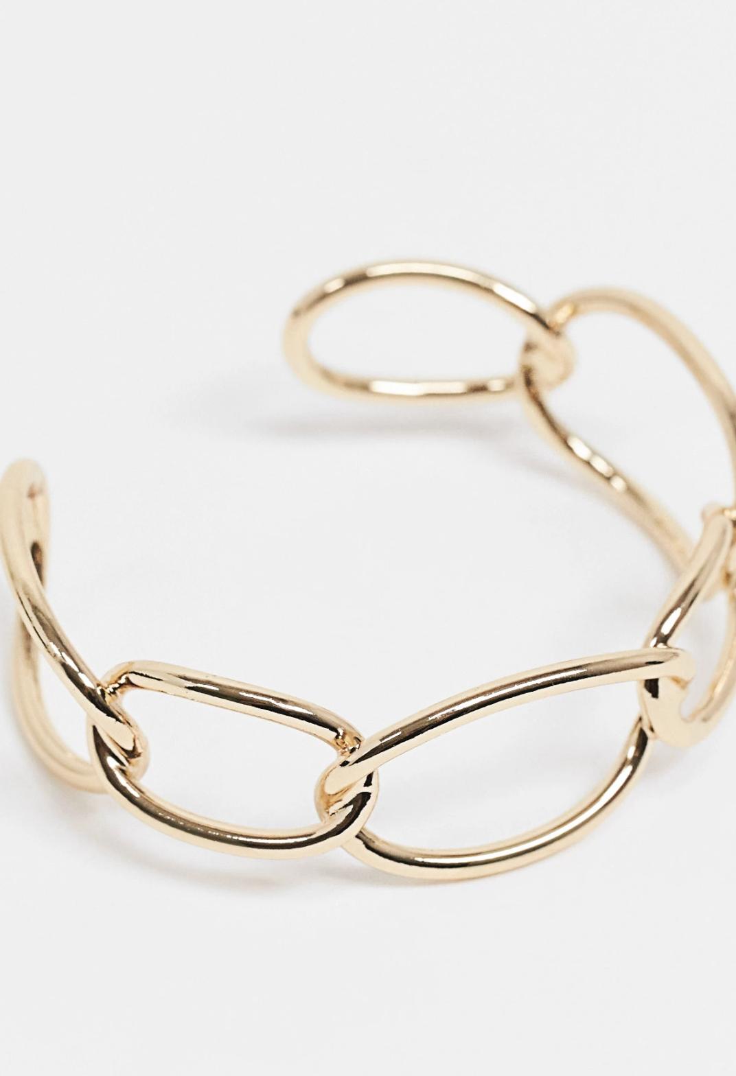 Pulsera dorada sin cierre con diseño de cadena de ASOS DESIGN