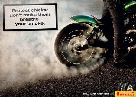 Protege a las chicas, no les hagas respirar tu humo