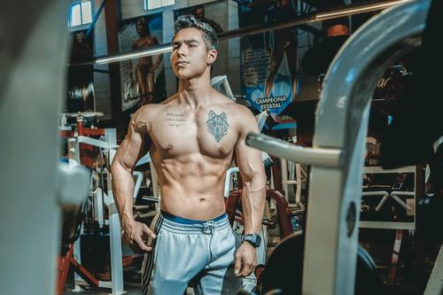 Cómo empezar a entrenar en el gimnasio si eres novato: entrenamiento de las semanas 15 y 16