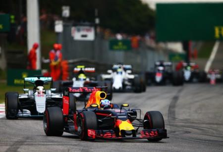 Salida Ricciardo Hamilton
