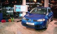 La subasta en eBay del Renault Megane firmado es un éxito