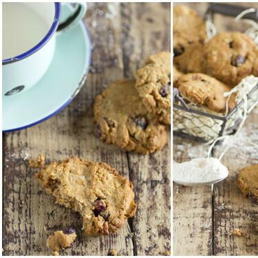 Receta de galletas veganas de harina de espelta, avena y arándanos