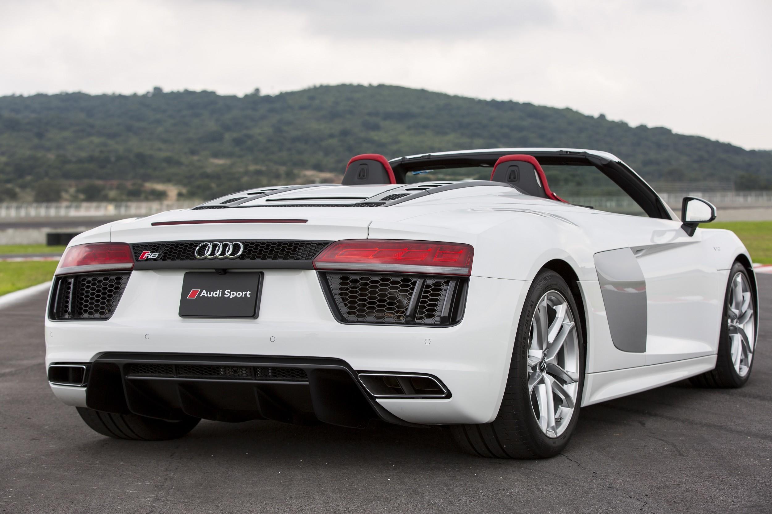 Foto de Audi R8 Spyder (5/38)