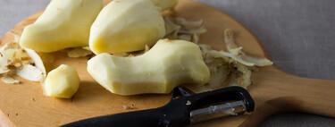 Jengibre fresco en la cocina: cómo pelarlo fácilmente y trucos para cortarlo y conservarlo más tiempo