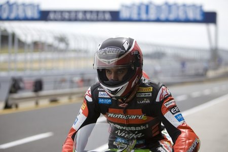 Superbikes 2011: en Supersport David Salom no se achanta y se hace con la pole
