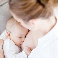¿Dar el pecho te produce cansancio? Cinco consejos para aumentar tu energía durante la lactancia